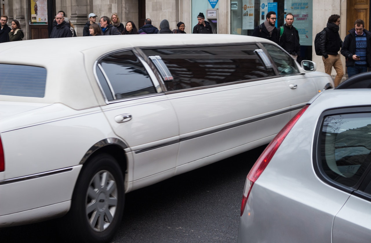 Tips for Renting a Stretch Limo